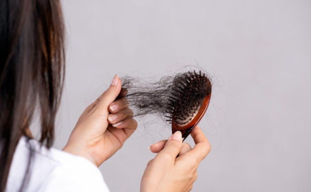 Aceite de oliva o Té Verde: Tratamientos naturales para evitar la caída del cabello
