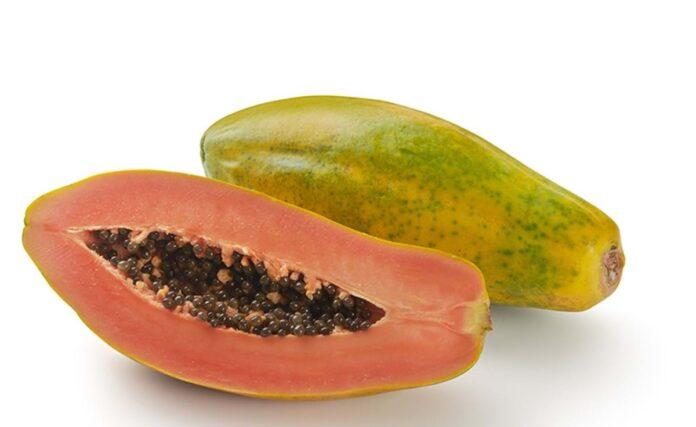 ¿La papaya aumenta tu peso? ¿Es una fruta que engorda?